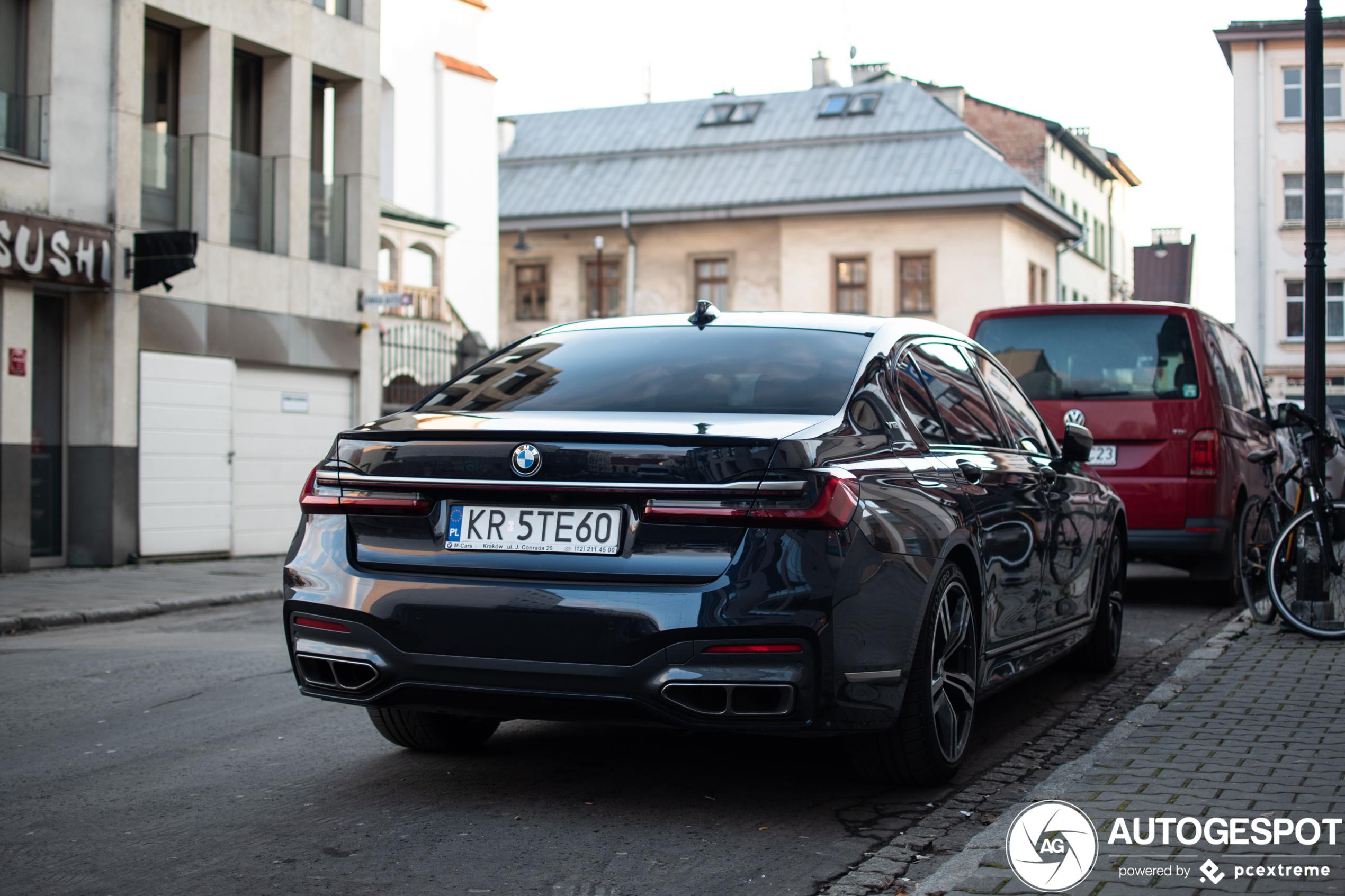 BMW heeft de V12 vaarwel gezegd