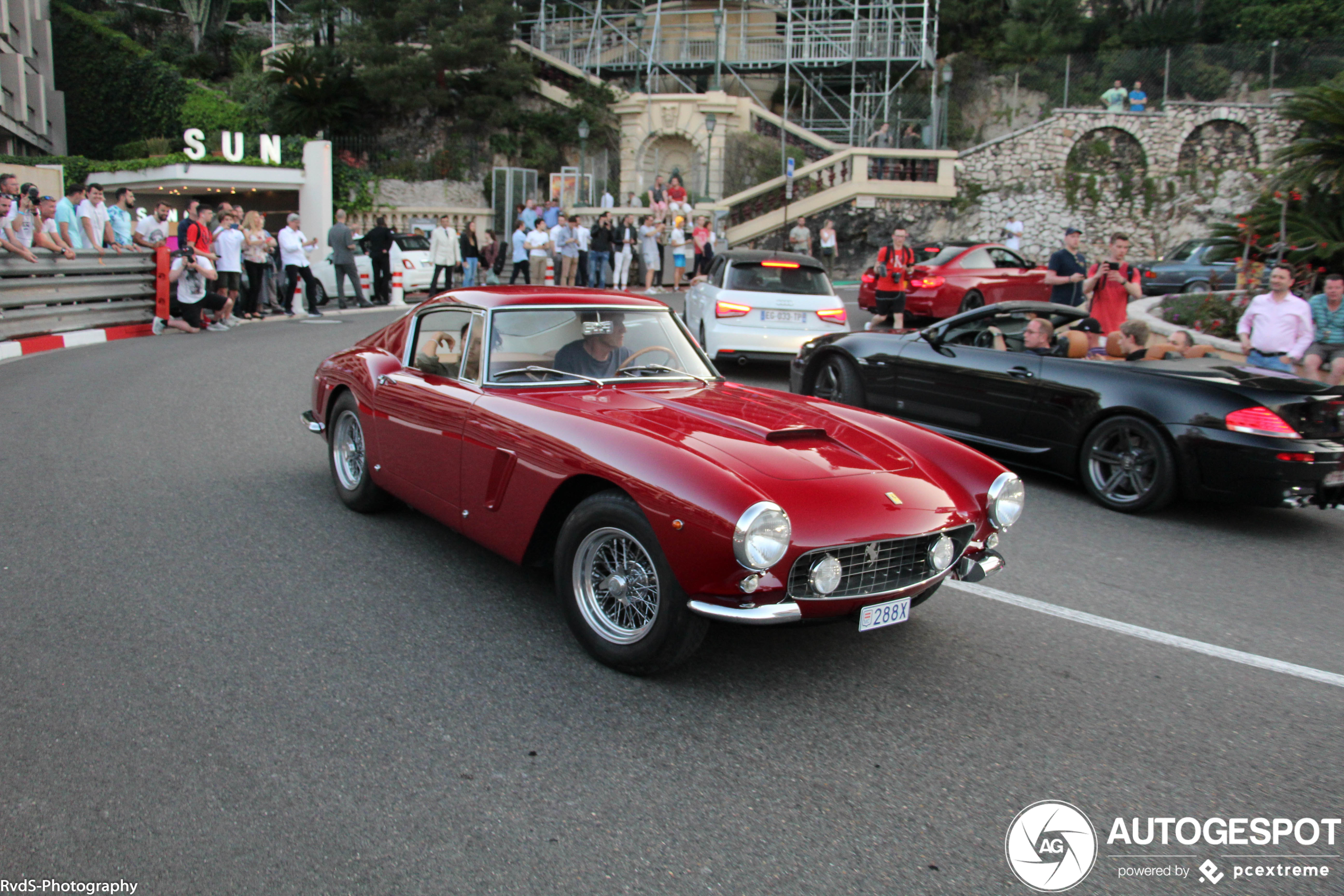 Essential Things To Consider When Investing In Classic Cars