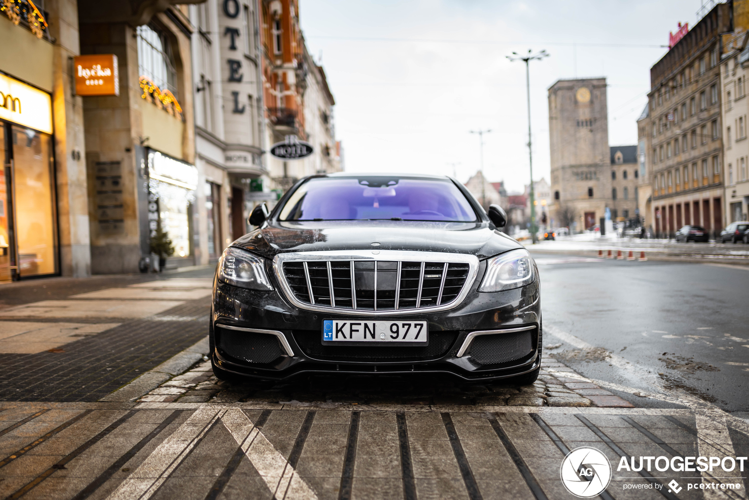 Mercedes-MaybachBrabus 900 Rocket 2018