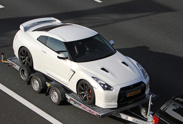 Nissan GT-R Switzer P600