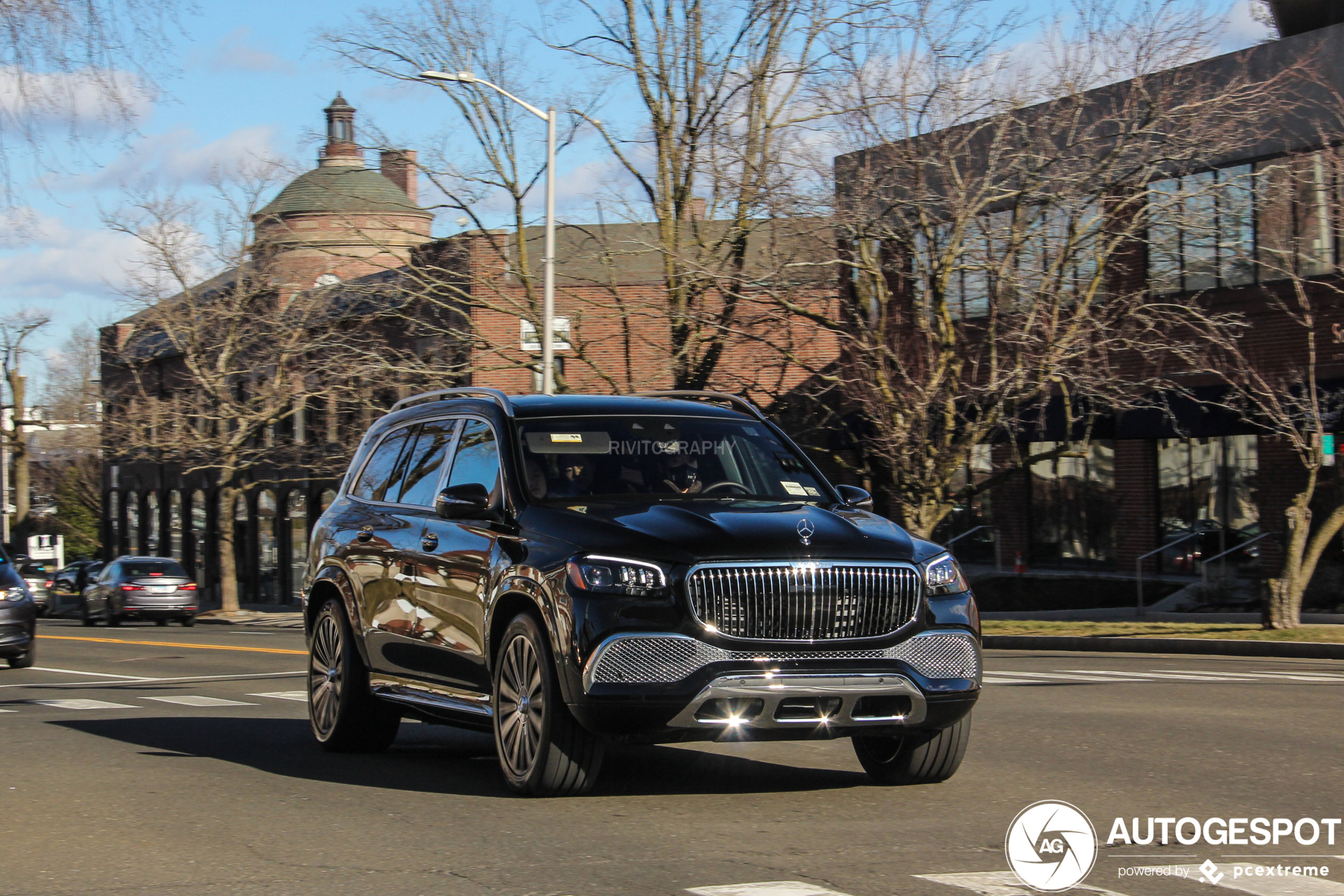 Mercedes-Maybach GLS 600 is luxe mastodont
