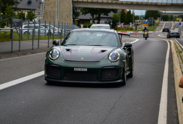 Porsche 991 GT2 RS Weissach Package