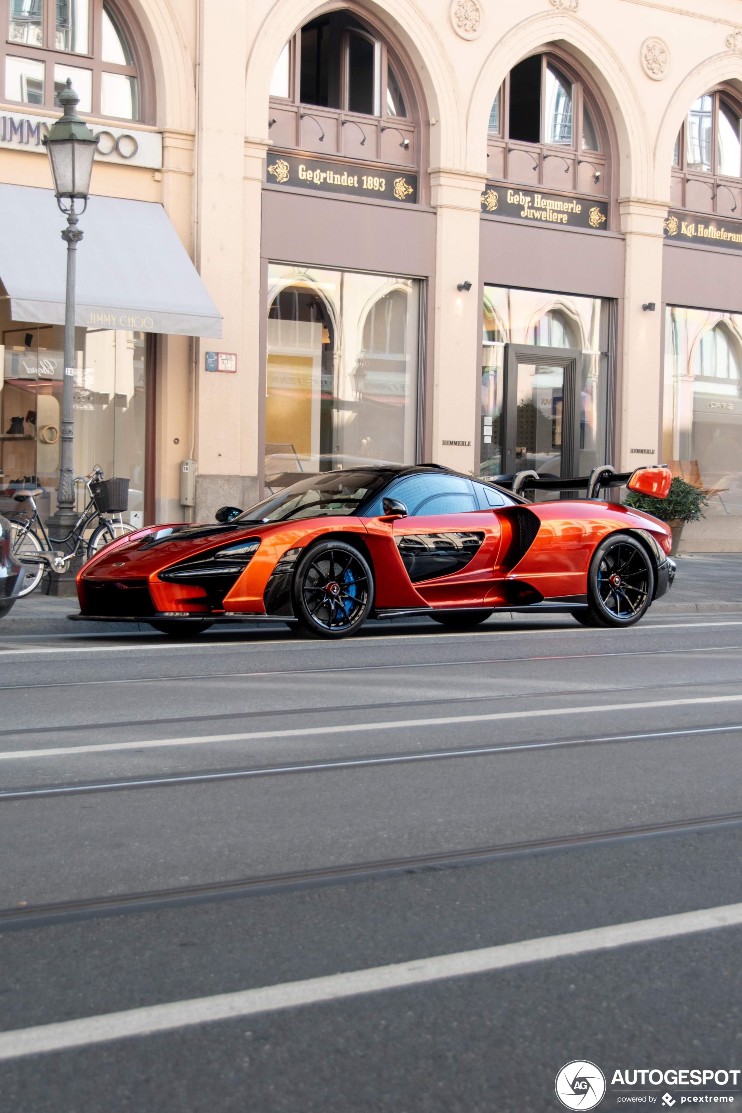 McLaren Senna schudt München wakker
