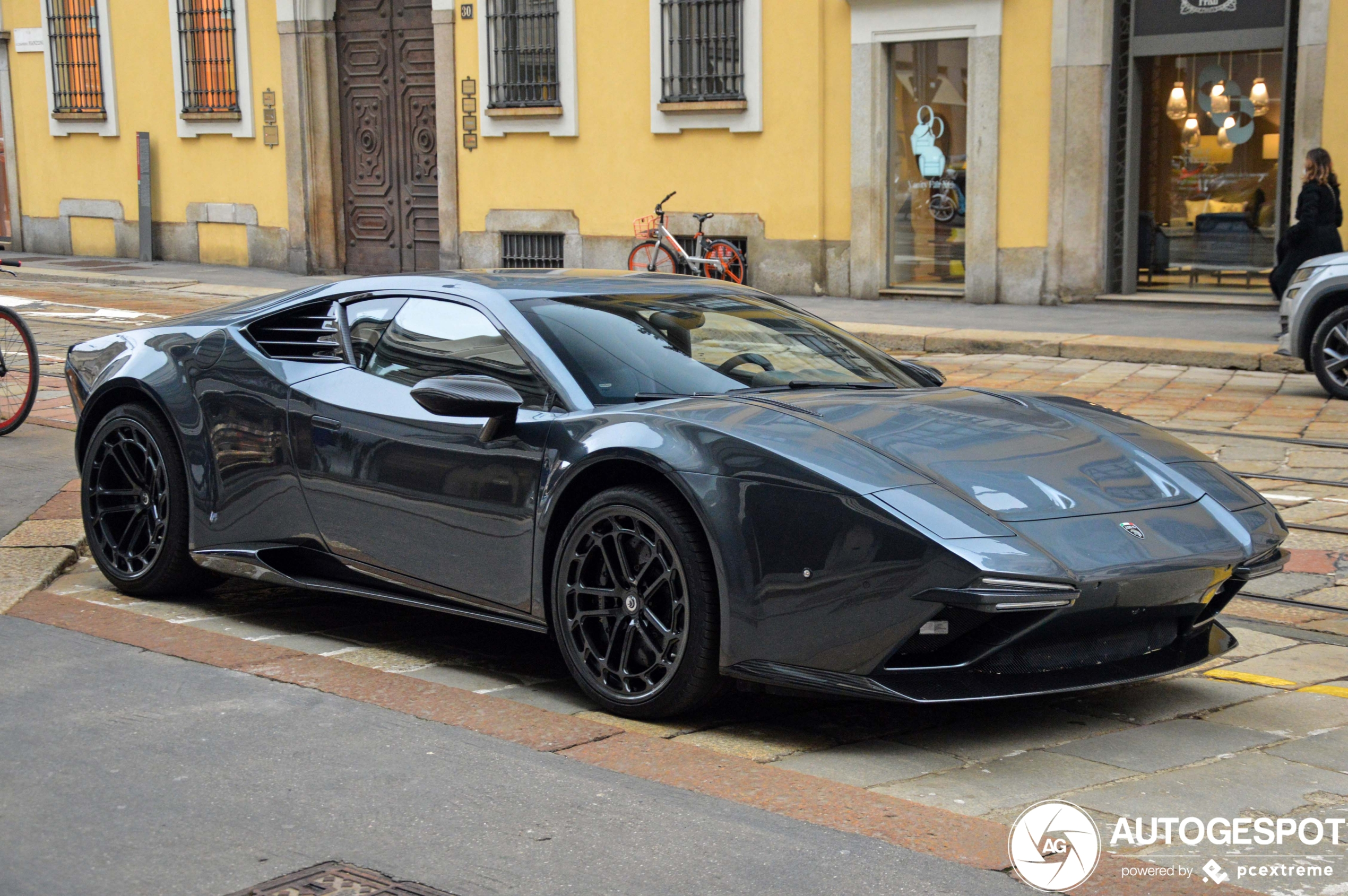 Primeur gespot: ARES Design Panther ProgettoUno