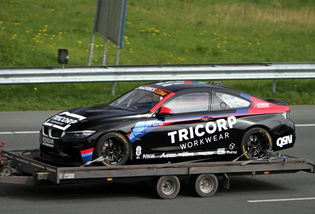 BMW M4 F82 Coupé 2017 GT4