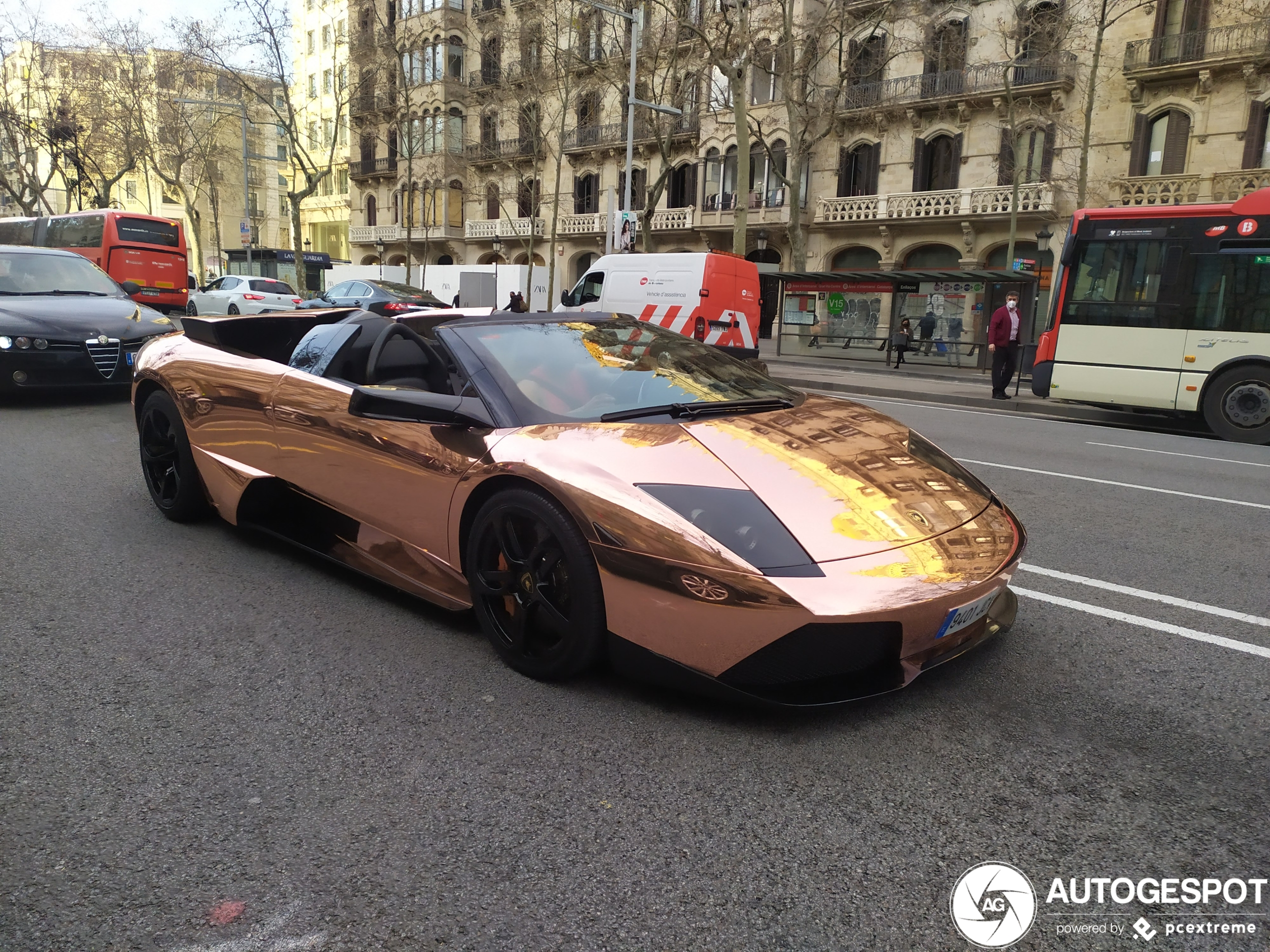 Lamborghini Murciélago LP640 Roadster rijdt er lekker bij