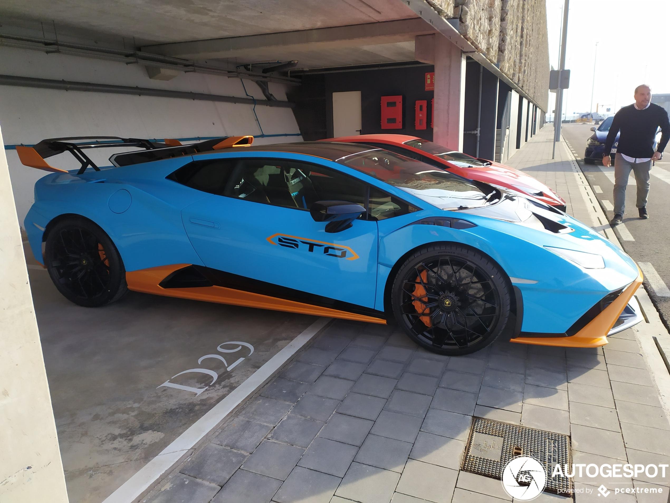 Primeur! Lamborghini Huracán STO in Barcelona