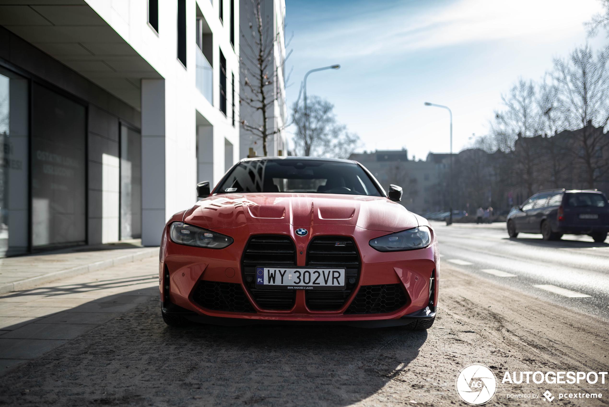In het rood zagen we de BMW M4 Competition nog niet
