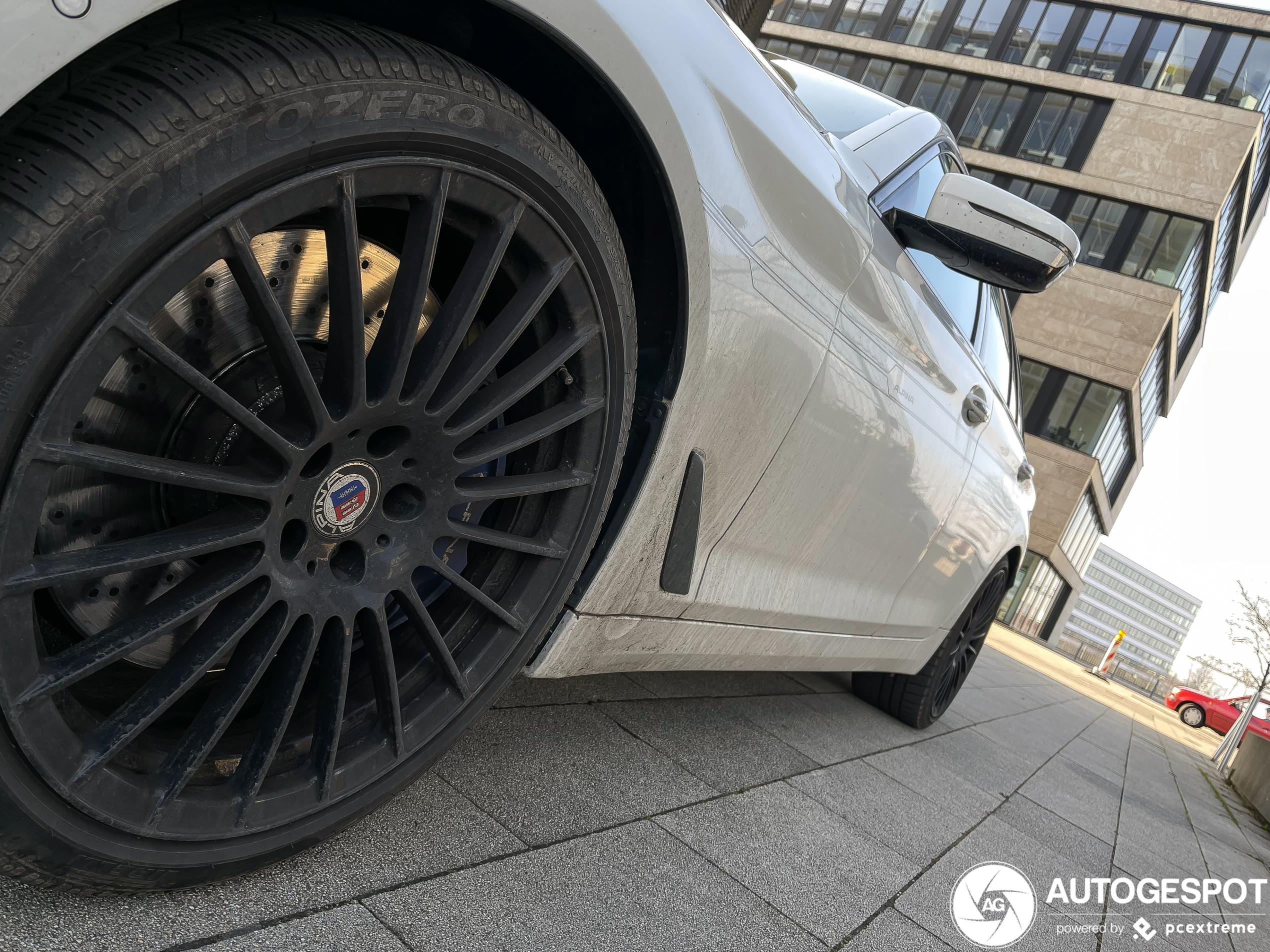 Alpina B5 Biturbo Touring 2017