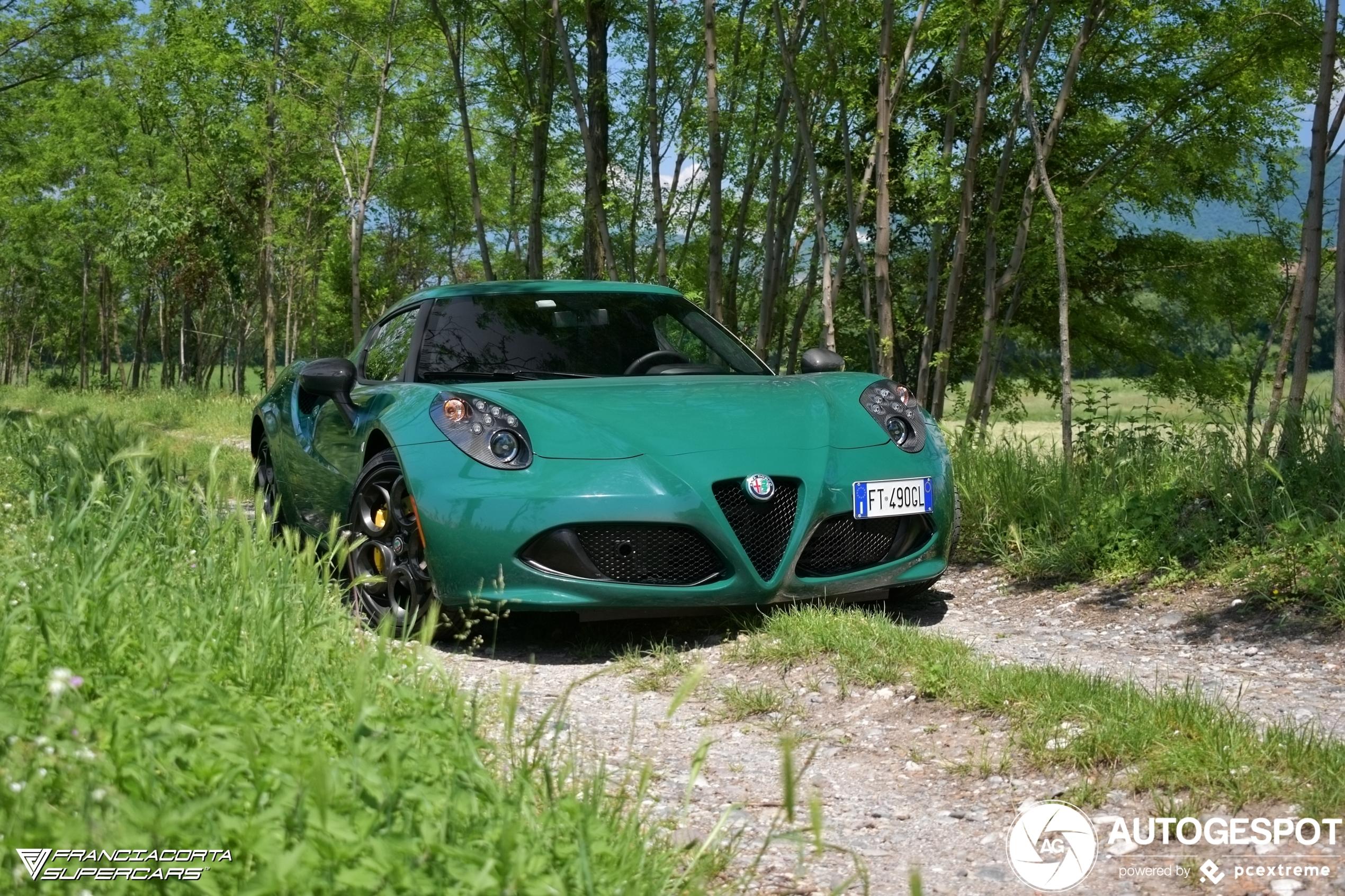 Opvallend: Alfa Romeo 4C Coupé in Verde Pino