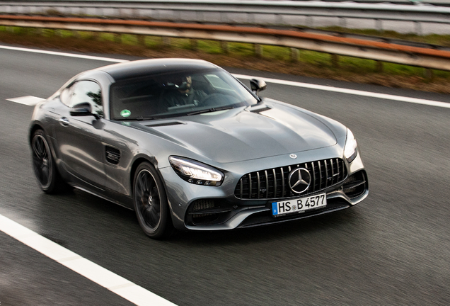 Mercedes-AMG GT S C190 2019
