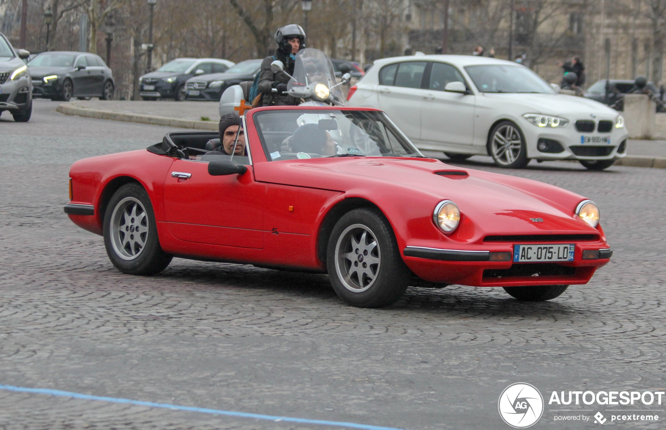 TVR S1