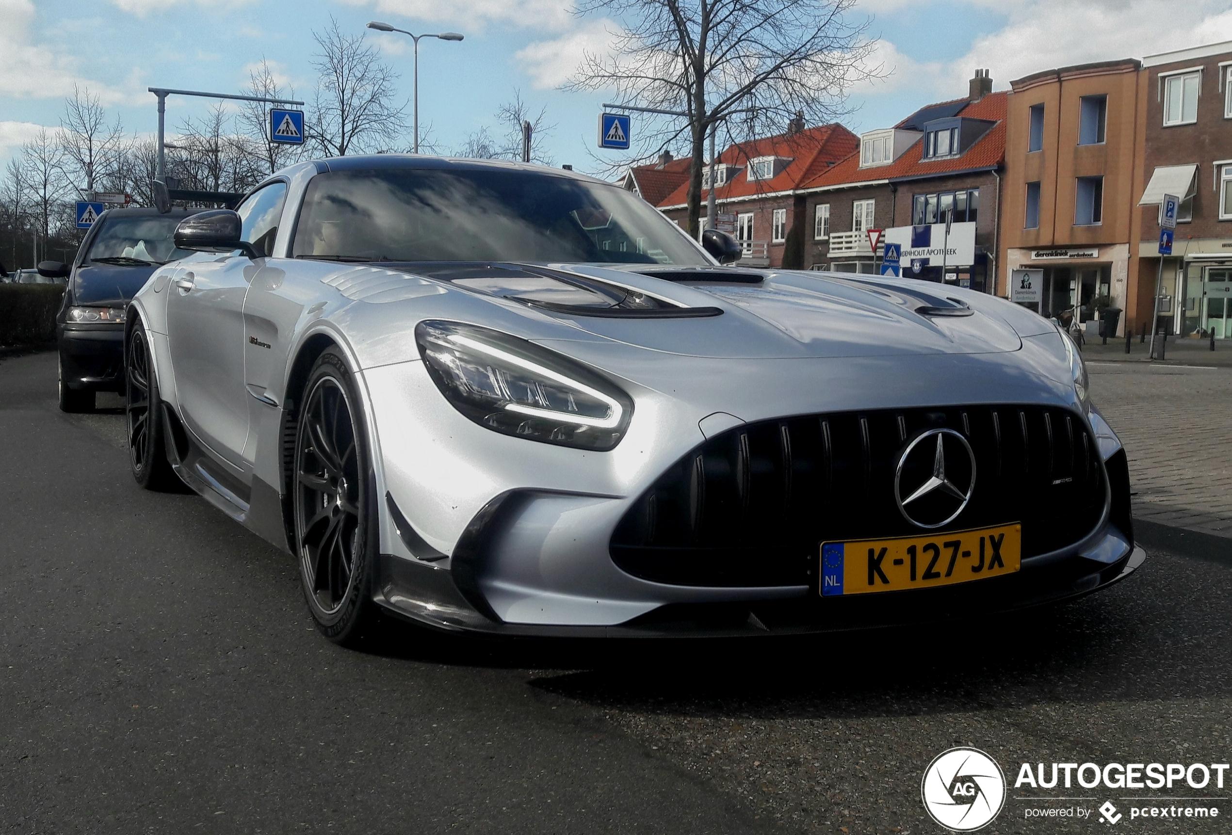 Mercedes-AMG GT Black Series duikt op in Heemstede
