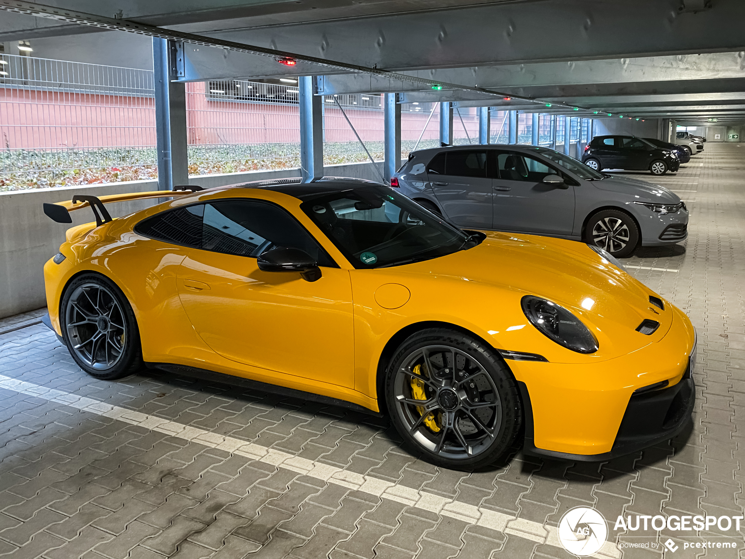 Porsche 992 GT3 in PTS Signal Yellow spotted!