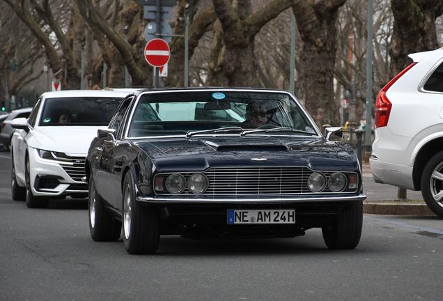 Aston Martin DBS Vantage