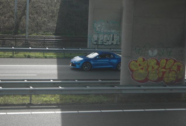 Alpine A110 2017