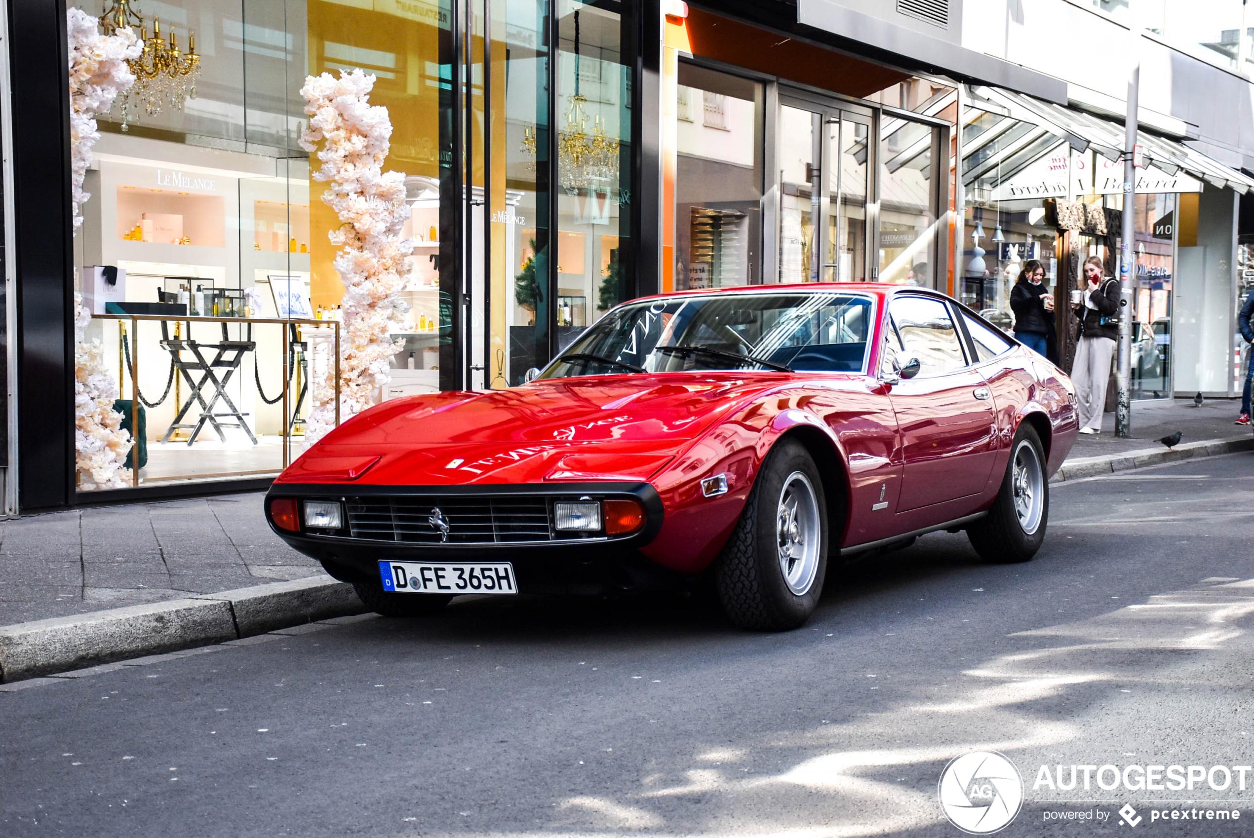 Ferrari365 GTC/4