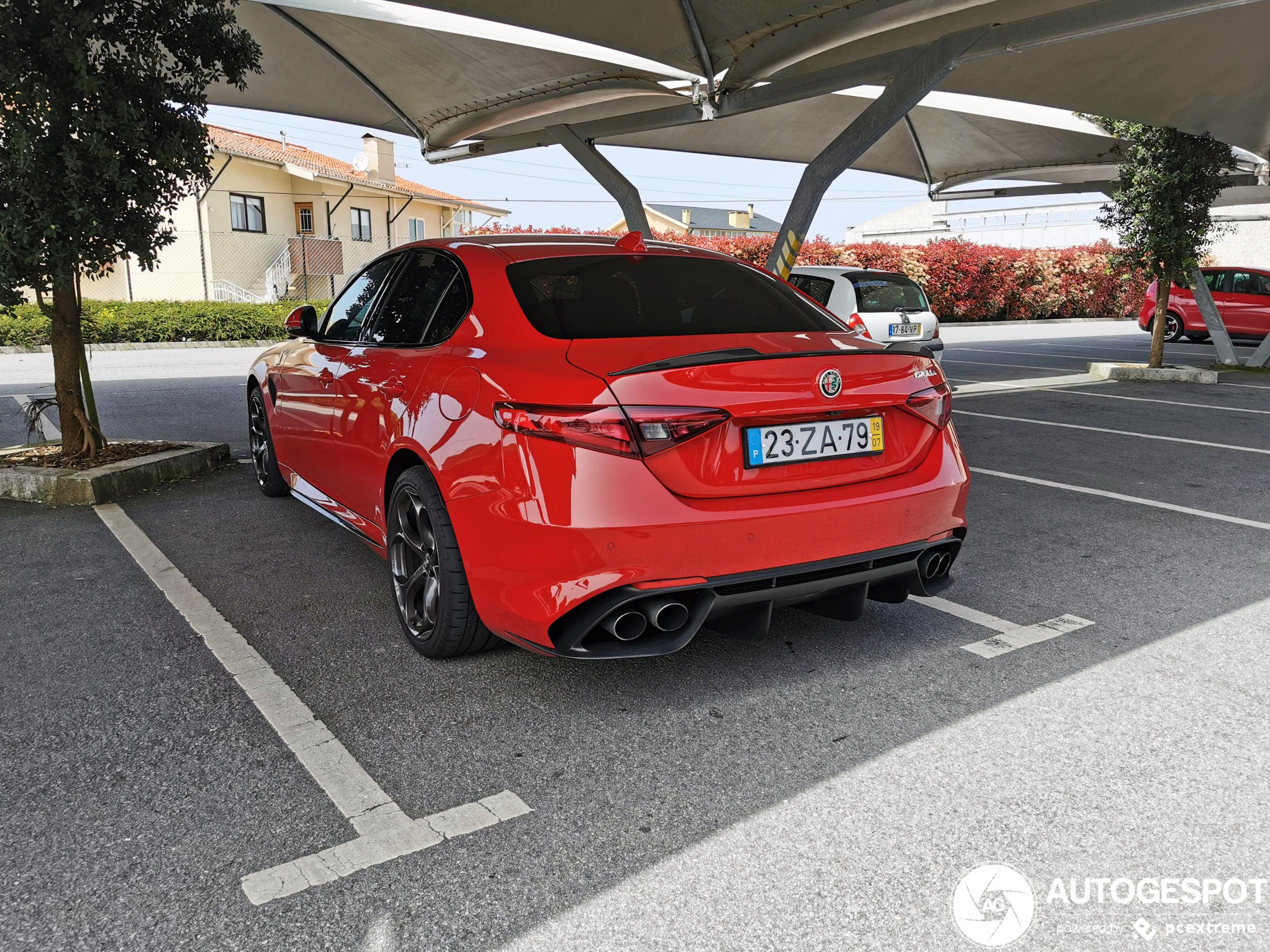 Alfa RomeoGiulia Quadrifoglio