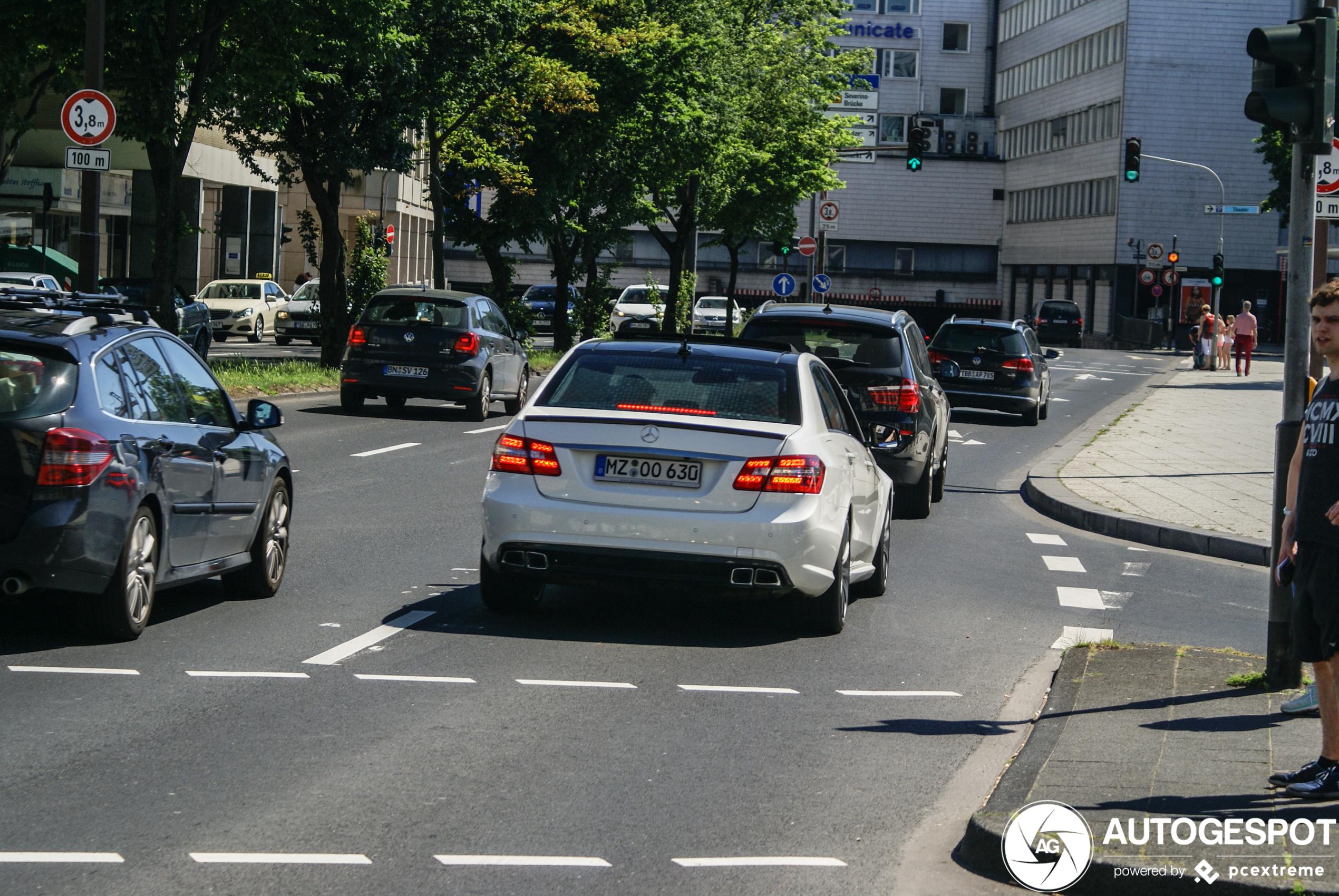 Mercedes-Benz E 63 AMG W212 V8 Biturbo