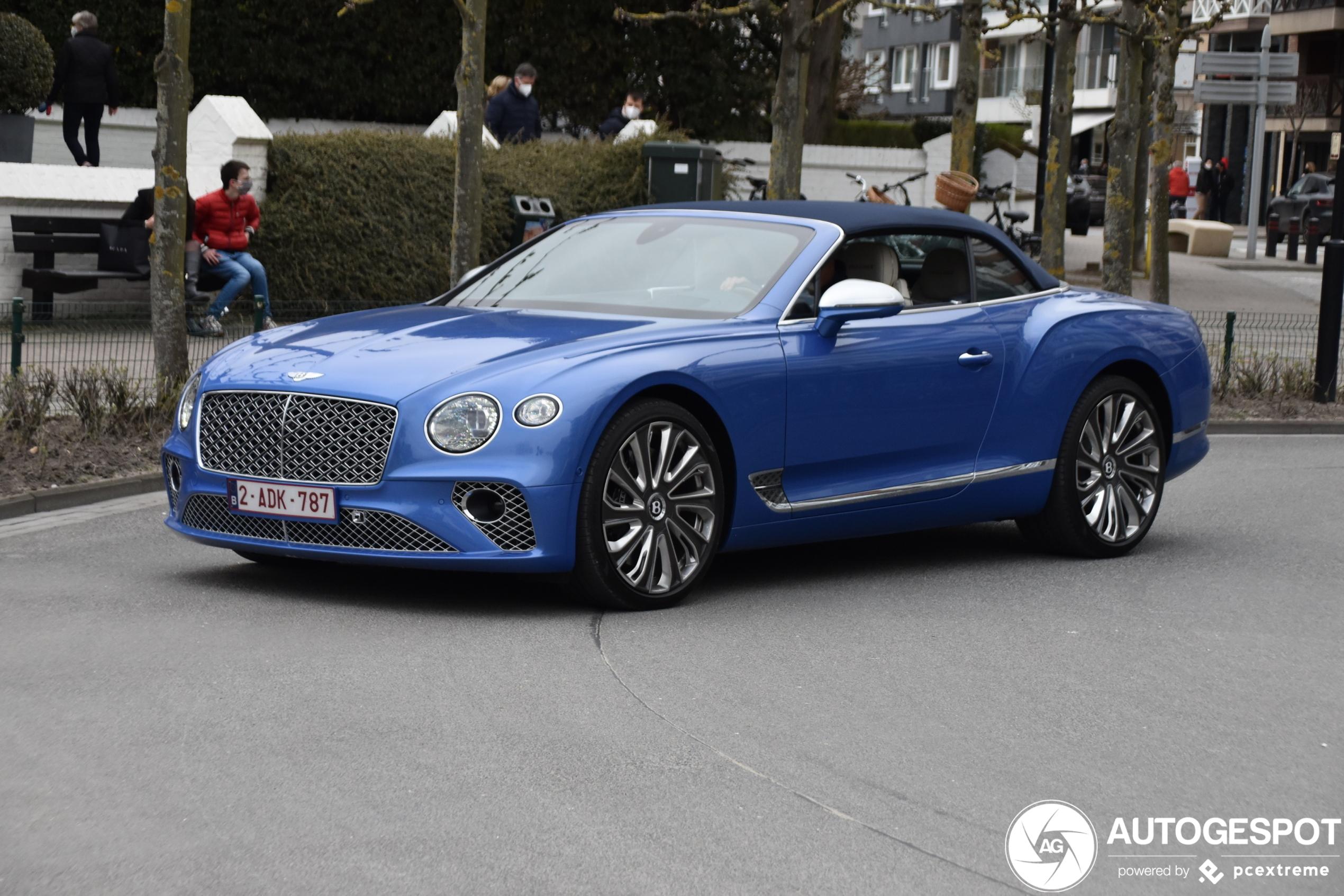 Bentley Continental GTC V8 2020 Mulliner