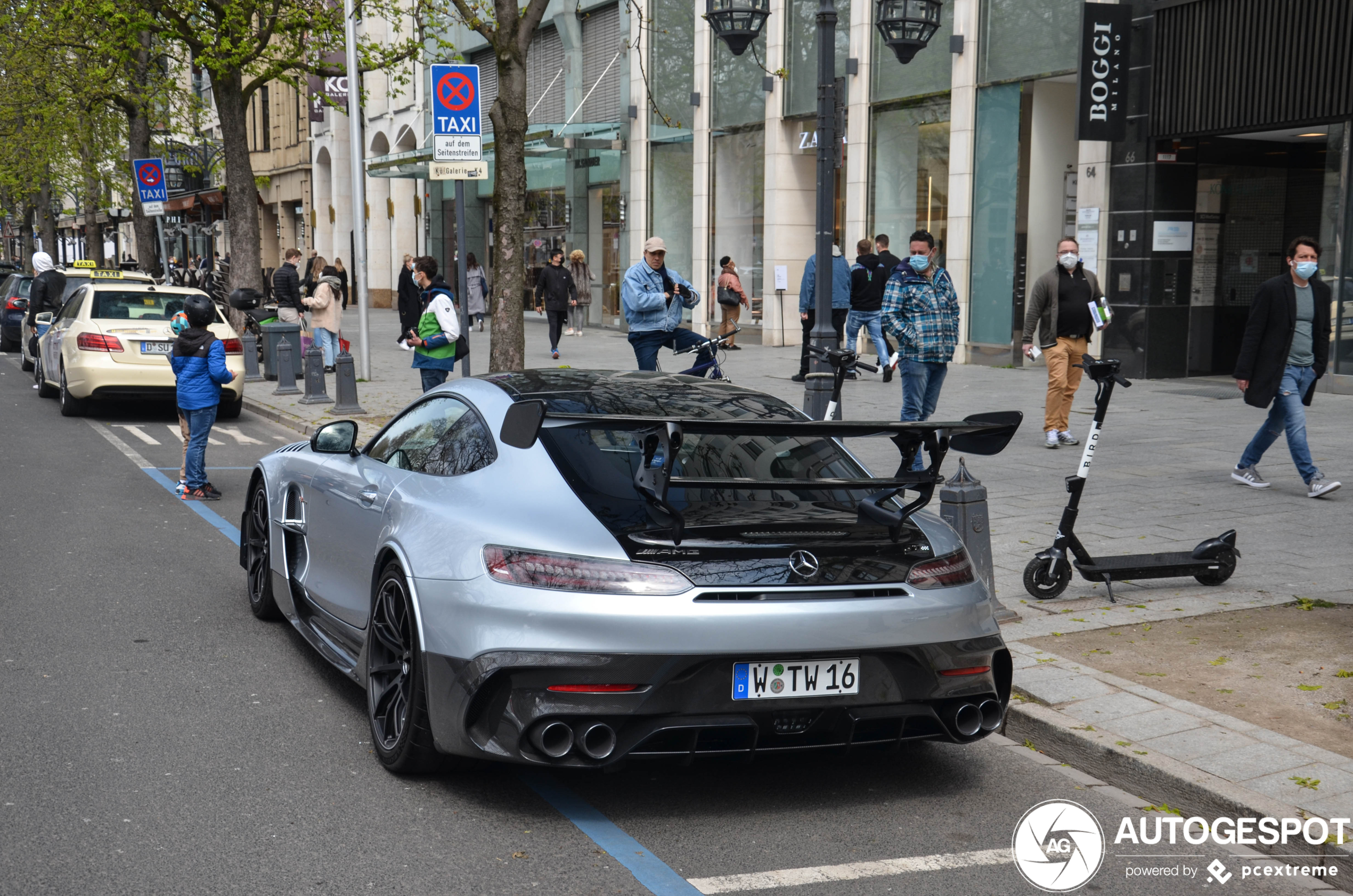 Mercedes-AMG Black Series is 122 kilometer uit de richting