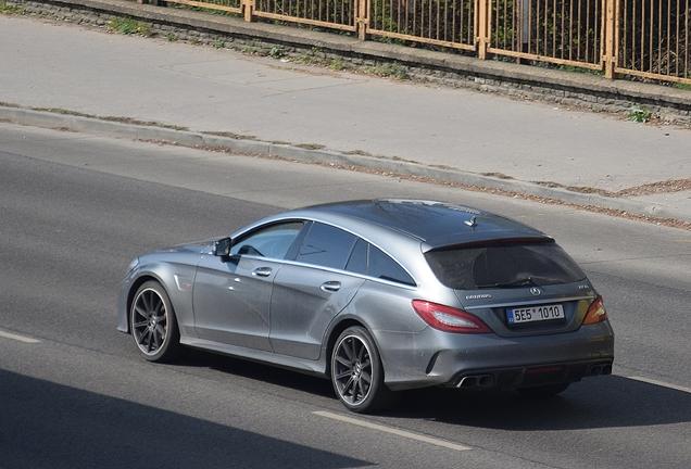 Mercedes-Benz Brabus CLS 850 Shooting Brake