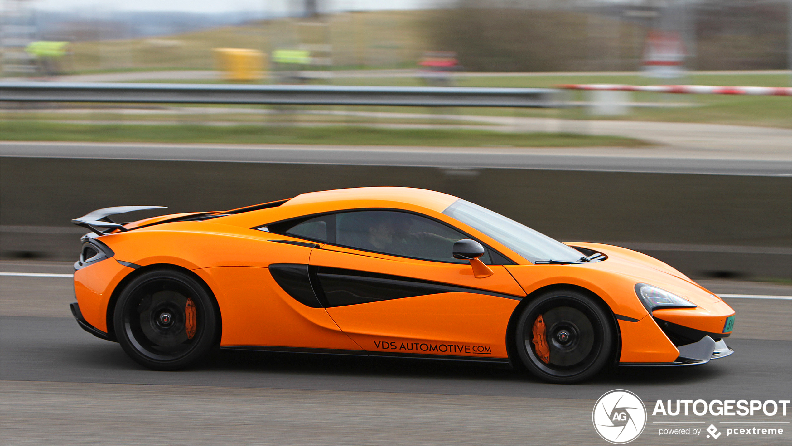 6 Reasons Why Your Next Car Should Be an Exotic Car
