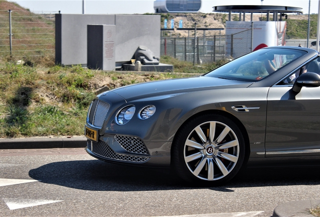 Bentley Continental GTC V8 S 2016