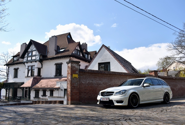 Mercedes-Benz C 63 AMG Estate 2012