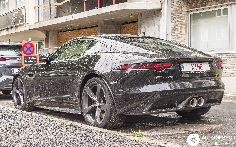 Jaguar F-TYPE 400 Sport Coupé