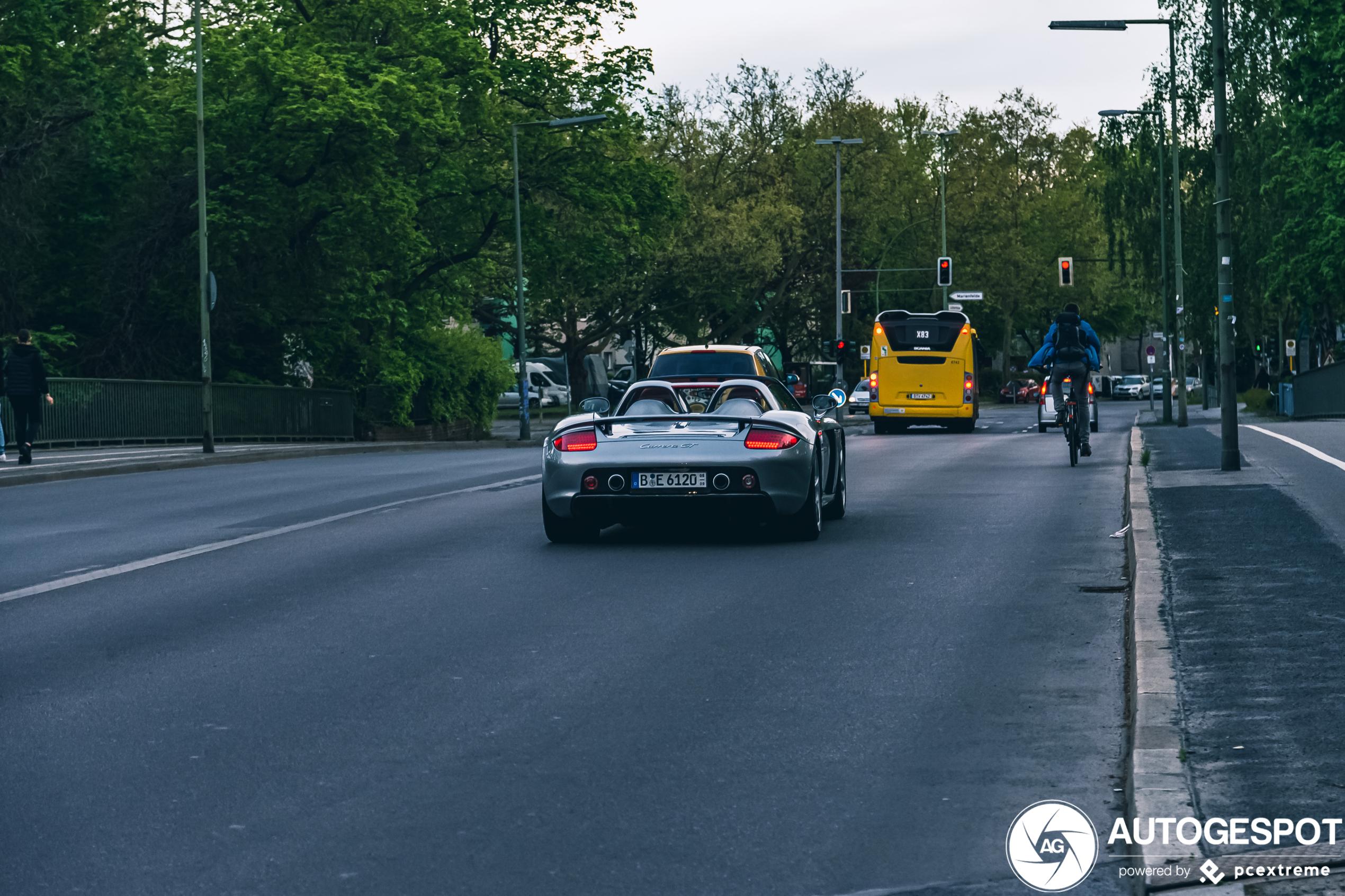 Porsche Carrera GT verdient gewoon altijd de aandacht