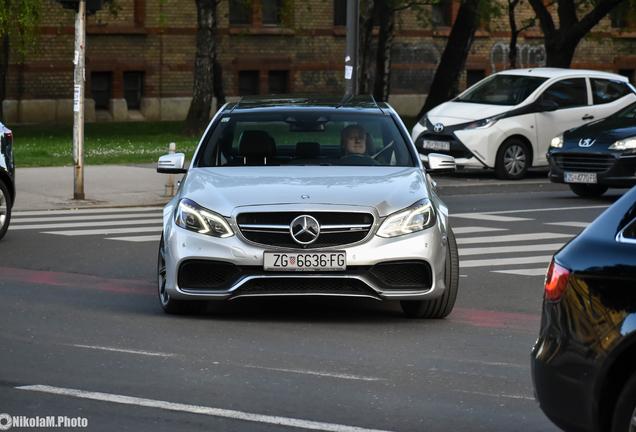 Mercedes-Benz E 63 AMG S W212