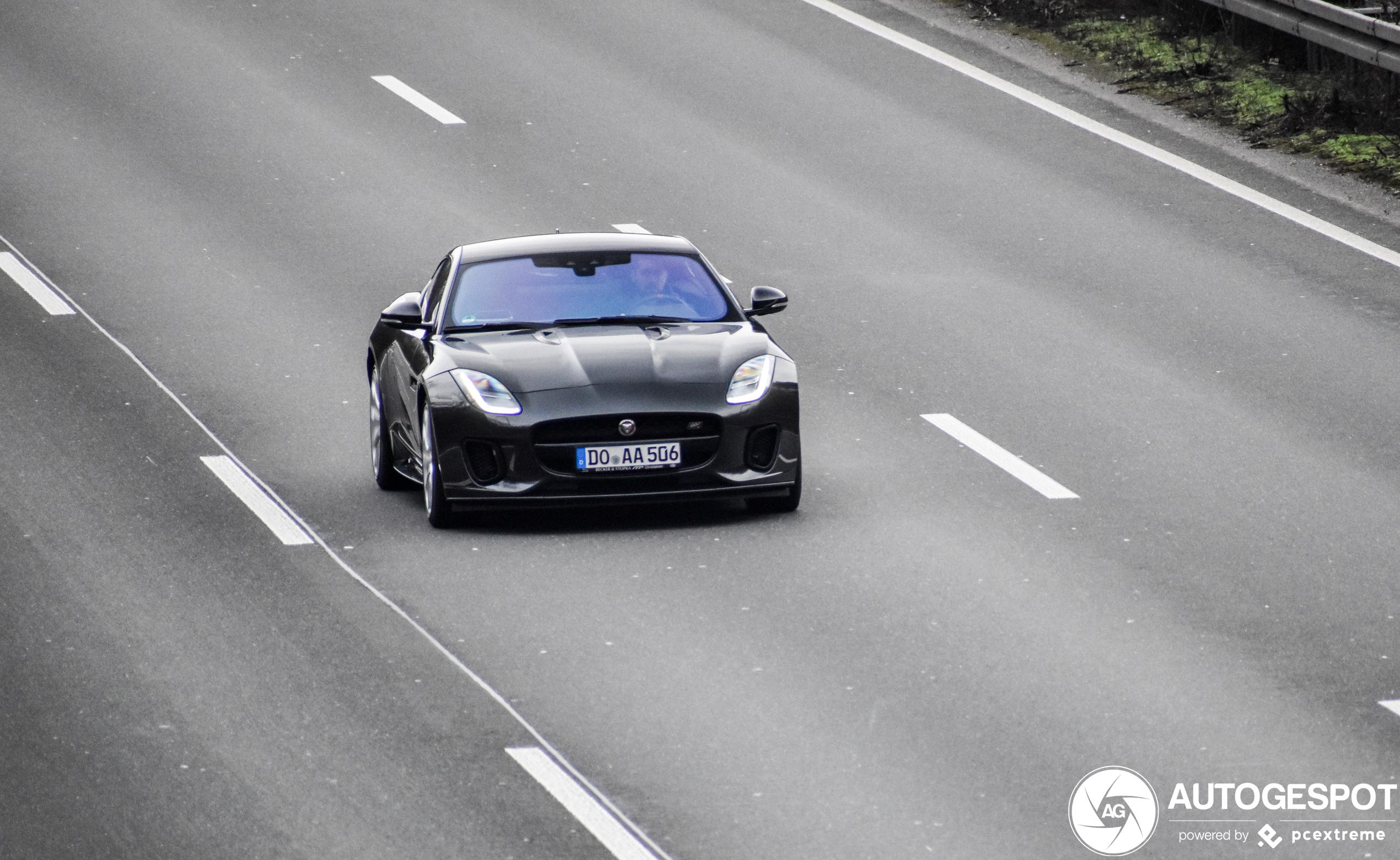 Jaguar F-TYPE S Coupé Chequered Flag Edition 2019