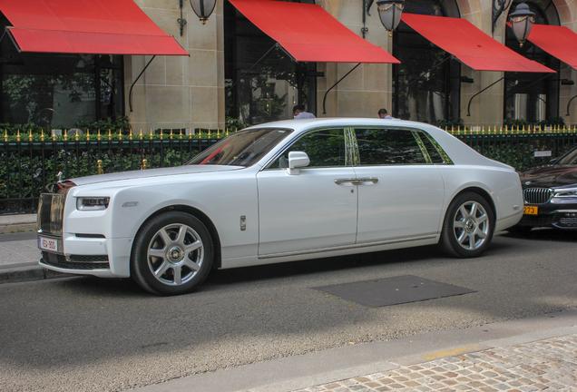 Rolls-Royce Phantom VIII EWB
