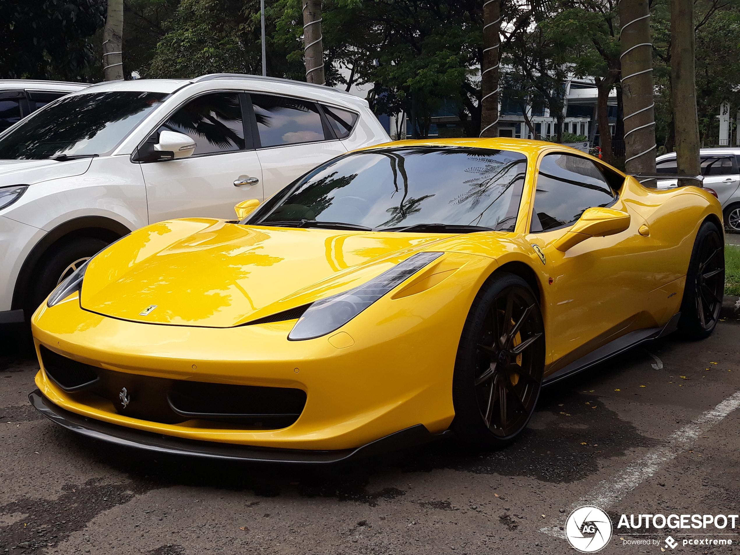 Ferrari458 Italia Novitec Rosso