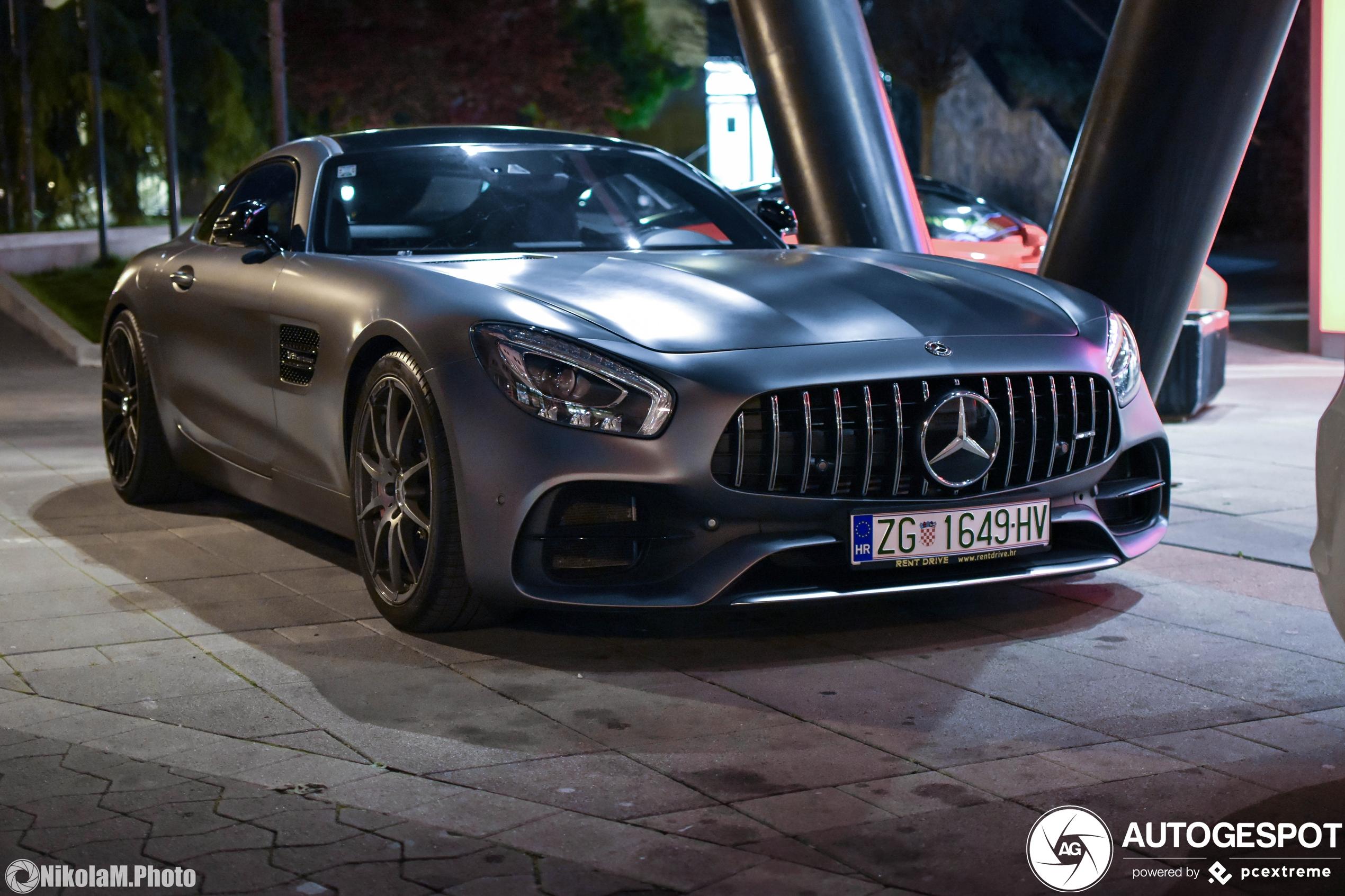 Mercedes-AMGGT S C190 2017