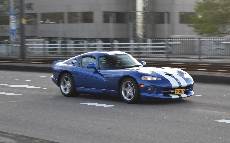 Chrysler Viper GTS