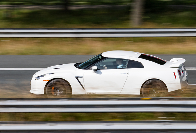 Nissan GT-R Hennessey HPE700