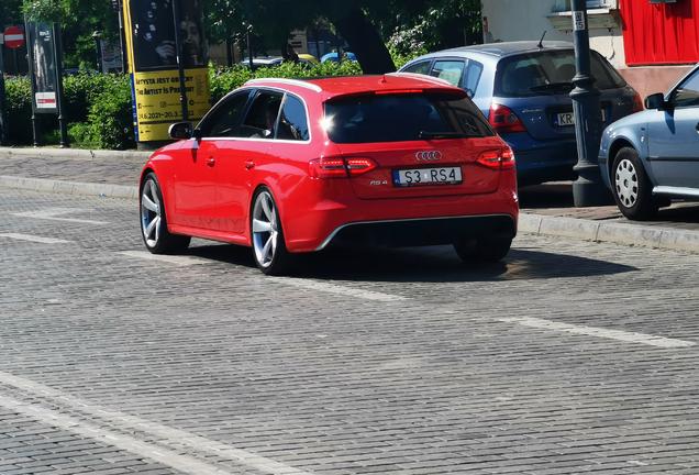 Audi RS4 Avant B8