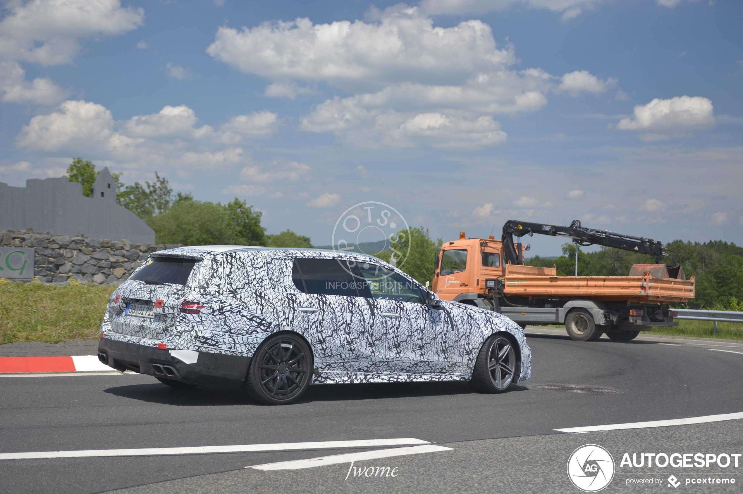 Mercedes-Benz C-Klasse W206 Shooting Brake 2021