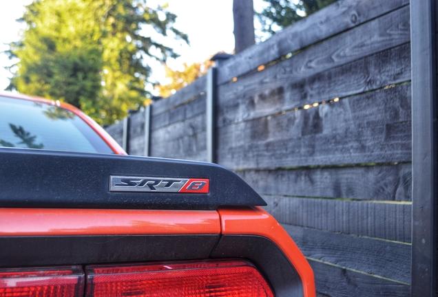 Dodge Challenger SRT-8