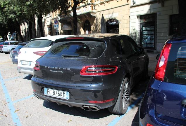 Porsche 95B Macan Turbo