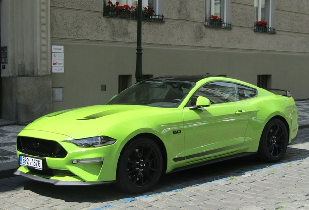 Ford Mustang55 2020