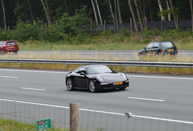 Porsche 991 Carrera 4S