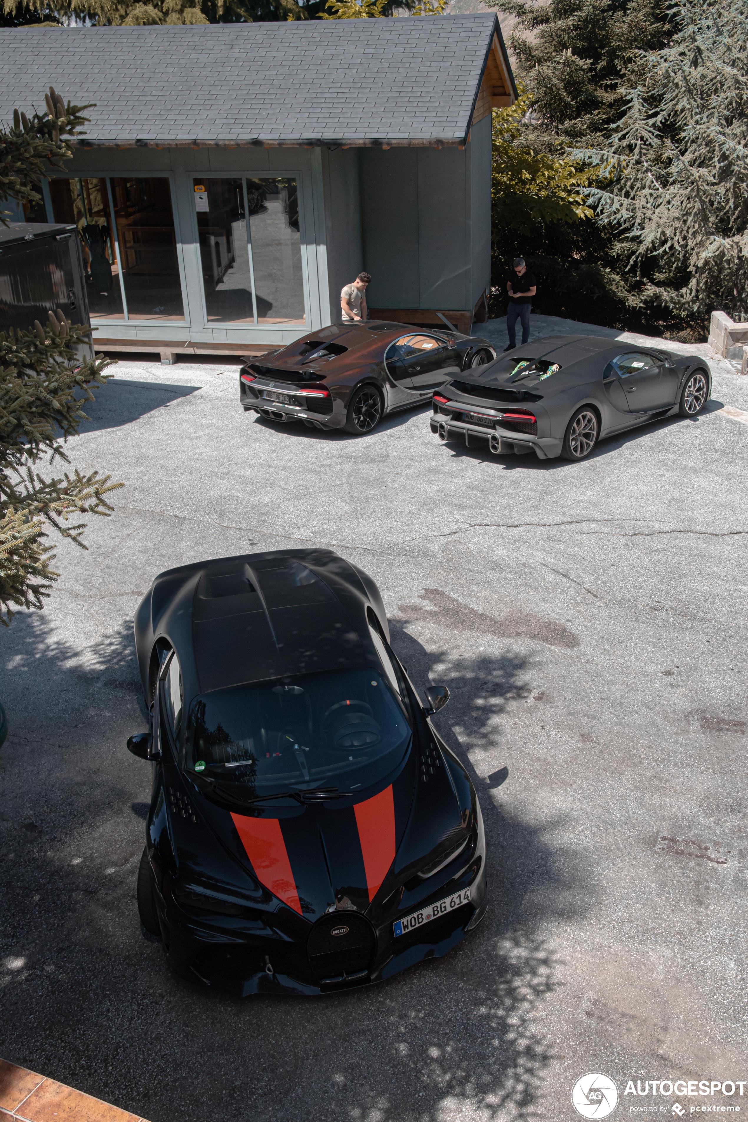 Bugatti trio duikt op in Spanje