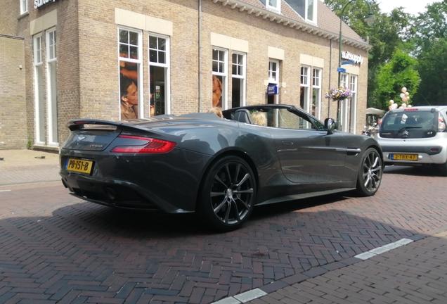 Aston Martin Vanquish Volante