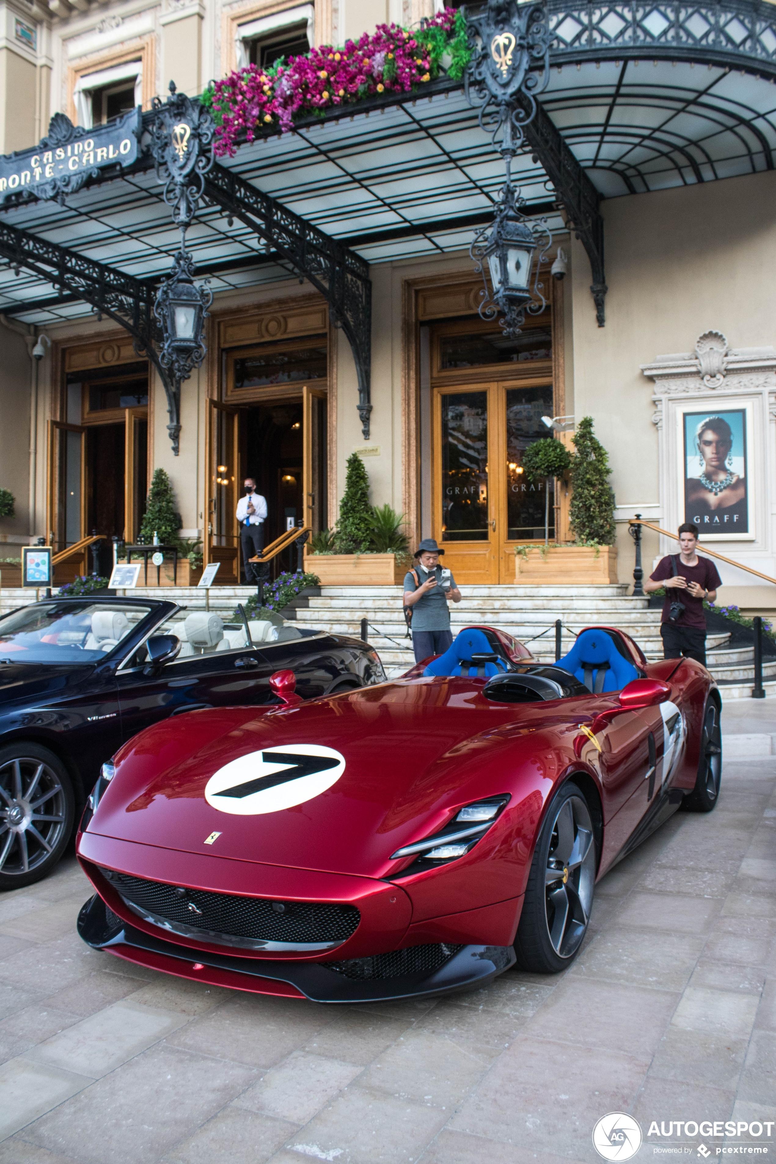 Monaco schittert weer met prachtige spots: Ferrari Monza SP2