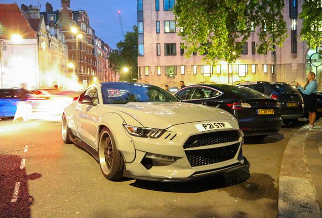 Ford Mustang GT 2015 Liberty Walk Widebody