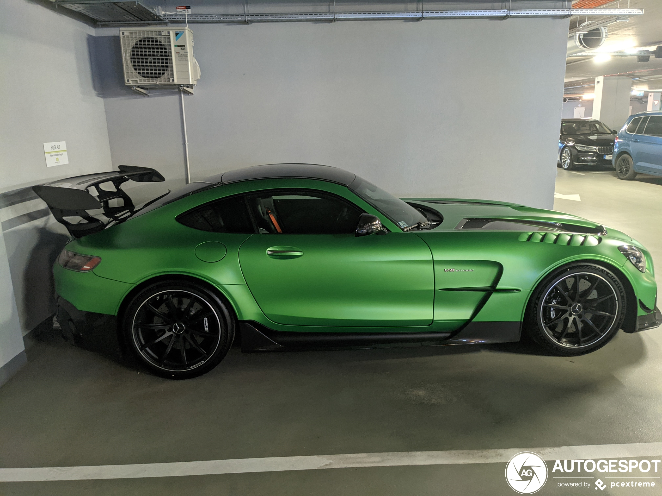 Mercedes-AMG GT Black Series in AMG Green Hell Magno is perfect