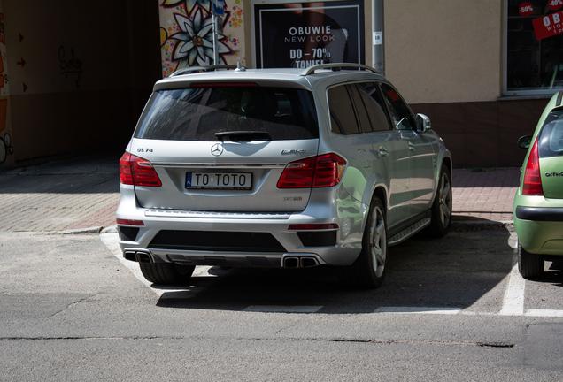 Mercedes-Benz Renntech GL 63 AMG X166